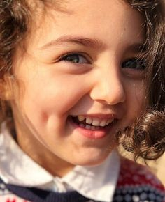 Who is Anahita Hashemzadeh the Beautiful Girl Cute Little Baby Girl, Little Girl Photos, Beautiful Baby Girl, Beautiful Children, Cute Girls, Cute Baby Girl Wallpaper, Cute Babies Photography, Woman Photography, Cute Baby Girl Pictures