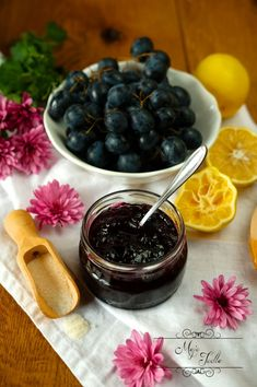HROZNOVÝ DŽEM - Moje Jedlo Blackberry, Fruit, Food, Essen, Blackberries, Meals, Yemek, Rich Brunette, Eten