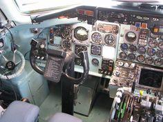 photo TR2_Cockpit.jpg