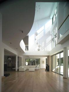 Una Casa Moderna con Original Techo | Casa Original