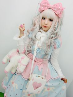 cotton candy glam lolita fashion
