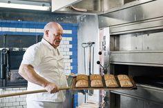 Die fast fertig gebackenen Appenzeller Lebkuchen (Appenzeller Biber). Bild von Martina Basista