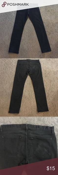 Uniqlo Men's Black Jeans Men's Uniqlo Jeans. 35x32in. Very slight wear on back right pocket. Uniqlo Jeans