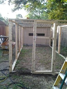 Different chicken coops designs large,small,eglu,moveable - Pinterest #chickencoop #chickencoops #chickenhome #chicken #chickencage #chickenpen #chcikencoopplans #chickencoopideas #chickencoopdiy #chcikencoopplans