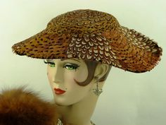 VINTAGE HAT 1950s FRENCH WIDE BRIM 'NEW LOOK' PICTURE HAT, ALL PHEASANT FEATHERS