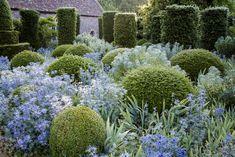 945 Likes, 13 Comments - Sarah Bartholomew ( Hanham Court Manor Garden, Garden Cottage, Dream Garden, Blue Garden, Tropical Garden, Formal Gardens, Outdoor Gardens, Bountiful Garden, Topiary Garden