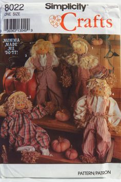 Simplicity 8022 Scarecrow and Clothes