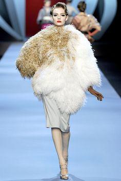 Christian Dior Spring 2011 Couture Collection Photos - Vogue