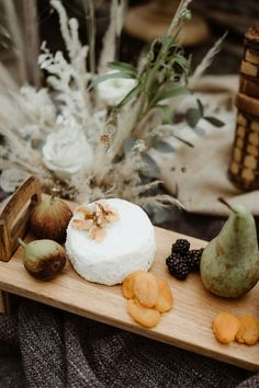 For a bride to find ideas for her alternative rustic beach wedding. Create the perfect simple outdoor wedding that is unique and special Beach Elopement, Elopement Wedding, Elope Wedding, Wedding Shoot, Devon Beach, Rustic Boho Wedding, Weddingideas, Alternative, Bride