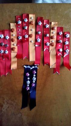 Segnalibri natalizi stelline fatte con delle striscioline di carta