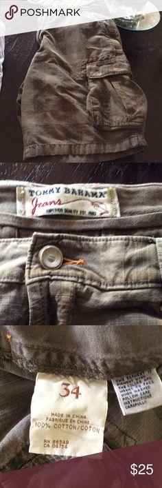 Tommy Bahama Men's Cargo Shorts. Sz W34 Khaki and brown checked design see photos Tommy Bahama Shorts Cargo