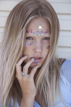 Sticker face test with Zoe, no makeup, by Katriena Emmanuel