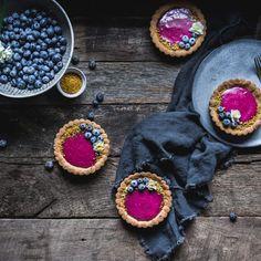 Rosemary Simple Syrup with Vanilla | Adventures in Cooking Purple Sweet Potatoes, Roasted Sweet Potatoes, Roasted Broccolini, Rosemary Simple Syrup, Lemon Yogurt, Vegan Cream Cheese, Vegan Cheesecake, Plain Greek Yogurt, Moroccan Meatballs