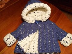 Crocheting Club: Pattern REVERSIBLE HOODED BABY JACKET By: Esther Huhn Tutorial ༺✿Teresa Restegui http://www.pinterest.com/teretegui/✿༻