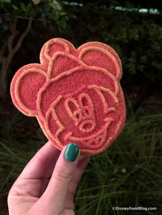 WE'RE LIVE at the First Mickey's Very Merry Christmas Party for 2018! | the disney food blog