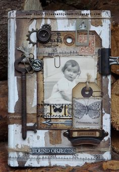 vintage Hello friends Hope you are all good! A quickie post tonight to share a shabby/vintage style book cover with you. The fabr. Mixed Media Journal, Mixed Media Canvas, Mixed Media Art, Collages, Collage Art, Kunstjournal Inspiration, Art Journal Inspiration, Heritage Scrapbooking, Scrapbooking Layouts