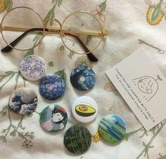 Read Art Hoe from the story Tipos de Aesthetic by with reads. Art h. Types Of Aesthetics, Arte Van Gogh, Art Hoe Aesthetic, Aesthetic Painting, Aesthetic Outfit, Aesthetic Colors, Aesthetic Makeup, Retro, Cute Pins