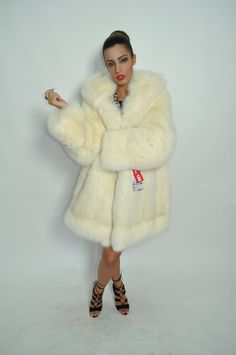 FUR COAT FOX FASHION PELZMANTEL SILBERFUCHS VOLPE FOURRURE PELLICCIA лиса МЕХ in Clothing, Shoes & Accessories, Women's Clothing, Coats & Jackets | eBay