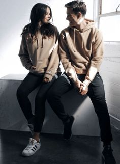 Pin by nerisha amanda on gabriel&jess conte бойфренды, идеи Relationship Goals Tumblr, Boyfriend Goals Relationships, Boyfriend Goals Teenagers, Matching Couple Outfits, Matching Couples, Cute Couple Pictures, Best Friend Pictures, Couple Pics, Jess And Gabe