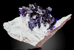 Azurite on white Dickite matrix ~ Milpillas Mine, Cuitaca, Sonora, Mexico