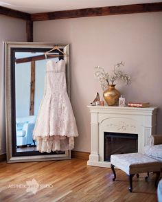 Reason 1. Their bridal suite is gorgeous.  #thelodgesatgettysburg #weddingsatthelodgesatgettysburg #gettysburgwedding #gettysburgpawedding #gettysburgpaweddingphotographer #gettysburgphotographer #wedding #weddingphotographer #weddingphotography #aestheticlifestudio #alifestudio