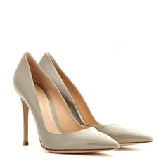 Gianvito Rossi Patent Leather Pumps ($370) ❤ liked on Polyvore featuring shoes, pumps, heels, sapatos, grey, gray pumps, gray patent pumps, grey pumps, heel pump and patent leather pumps