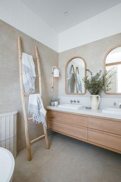 Bad Inspiration, Bathroom Inspiration, Bathroom Ideas, Bathroom Designs, Bathroom Styling, Bathroom Interior Design, Scandinavian Bathroom Design Ideas, Kyal And Kara, Laundry In Bathroom