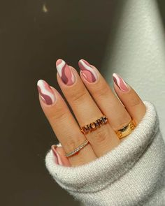 30+ Summer Swirl Nails You Need To Try! - Prada & Pearls Best Acrylic Nails, Acrylic Nail Designs, Easy Nail Designs, Teen Nail Designs, Short Nail Designs, Nagellack Design, Acylic Nails, Funky Nails, Fire Nails
