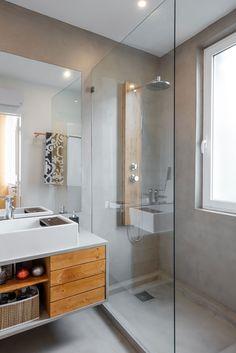 Decoração de apartamento pequeno, decoração minimal, banheiro, luz natural, marcenaria, madeira.