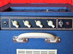 Vox AC4 C1 Blue – controls