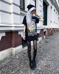 Dress Nigth Fashion Classy Ideas For 2019 Classy Outfits, Cool Outfits, Classy Dress, Piercing, Vintage Dress Patterns, Skinny Girls, Young Fashion, Trendy Dresses, Alternative Fashion