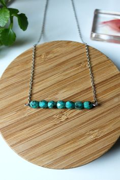 ※ Turquoise pearls necklace  ※ Total lenght : 20 cm Material : Brass silver ton chain.   ※Each stone is different, there may be alterations in color