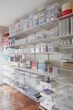 Baking Storage, Baking Organization, Cake Storage, Clothing Organization, Clothing Racks, Closet Organization, Organizing, Bakers Kitchen, Kitchen Pantry Design