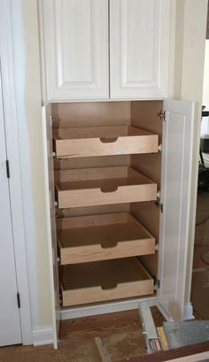 Corner Cabinetry - CLICK PIC for Various Kitchen Ideas. #kitchencabinets #kitchens