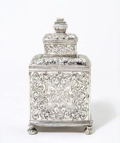 Tea caddy, rectangular shape with chased Berainesque decoration, Johannes Van Der Lely, Leeuwarden, Museum Number Tea Canisters, Tea Tins, Vintage Silver, Antique Silver, Tea Caddy, Tea Strainer, Teapots And Cups, Tea Art, Decorative Boxes