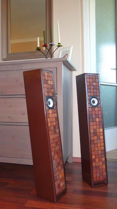 Full-range speaker with merbau wooden mosaics front. Open Baffle Speakers, Wooden Speakers, High End Speakers, Home Speakers, Built In Speakers, Audiophile Speakers, Hifi Audio, Wireless Speakers, Painting Old Furniture