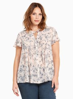 Torrid Romantic Floral Print Pleated Chiffon Tie Short Sleeves Front Top Size 1 #Torrid #Blouse #Casual