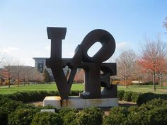 LOVE letters Sculpture Robert Indiana