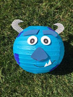 Wazowski de Monsters Inc. Mike y Sulley inspiran por adingkaki