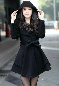 So cute! Love the hood and the style (and that it's black)