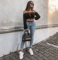 30 looks para quem ama cropped top - Guita Moda Classy Outfits, Casual Outfits, Cute Outfits, Looks Style, Casual Looks, Girl Fashion, Fashion Outfits, Fashion Clothes, Fashion Fashion