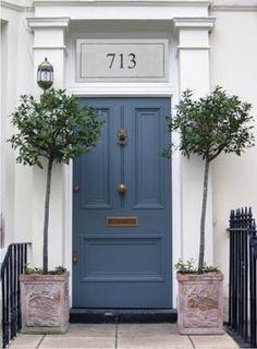 Nice wedgewood blue door!