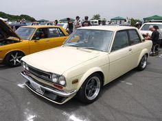 dime Nissan Trucks, Nissan Infiniti, Datsun 510, Japanese Cars, Car Manufacturers, Cool Cars, Sick, Automobile, Wheels