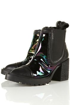 Unique Petrol leather boots with chunky sole and toe cap. #HarpersBAZAAR #SpringStyle