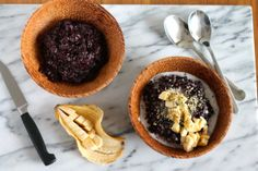 A luscious black rice pudding made with coconut milk and palm sugar. Vegan and gluten free, this is a traditional Indonesian breakfast. We spent a few days in Ubud, Bali, in December. It wasn't our...