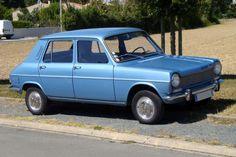 La Simca 1100 GLS avec boîte semi-automatique. La première voiture de mon père. Elle était rouge.