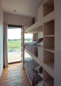 Umwelt builds house and detached guest cabin for surfers in Chile Bunk Rooms, Bunk Beds, Guest Cabin, Bunk Bed Designs, A Frame Cabin, Modern Room, Small Living, Home Interior Design, Small Spaces