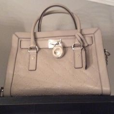 Microstud Hamilton Bag  AUTHENTIC , Pearl Gray, From MACYS .. No trades..comes with dustbag Michael Kors Bags