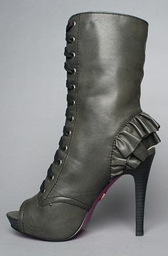 The Lizzzy Shoe in Black Leather by Betsey Johnson