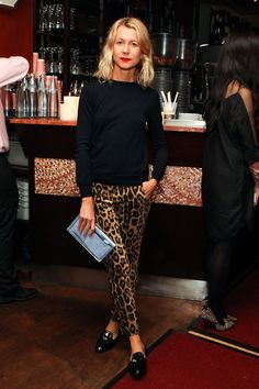 Vince Camuto and Tommy Hilfiger Celebrate Life of Style Published by Assouline - Loafers Outfit - Ideas of Loafers Outfit - Vince Camuto and Tommy Hilfiger Celebrate Life of Style Published by Assouline Vogue Leopard Pants Outfit, Leopard Print Outfits, Leopard Print Pants, Animal Print Outfits, Leopard Fashion, Animal Print Fashion, Animal Prints, Leopard Coat, Loafers Outfit
